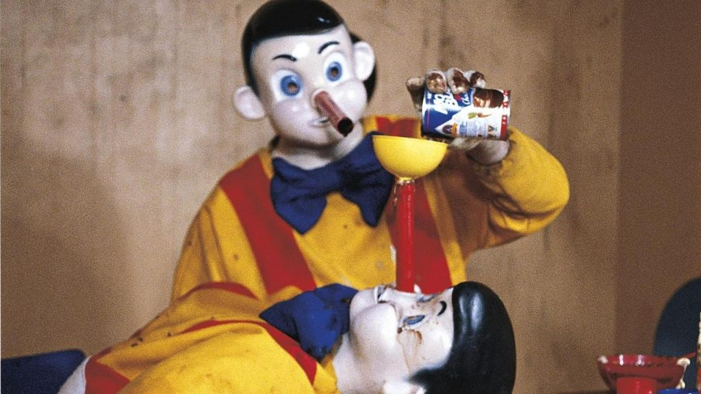 Pinocchio Pipenose Household Dilemma (1994) de Paul McCarthy